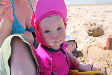 Maja May in Konfidence UV suit and hat